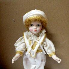 Muñecas Porcelana: ANTIGUA MUÑECA DE CERAMICA. TORSO BRAZOS PIERNAS DE CERAMICA. FINA INGLES. VER FOTOS.. Lote 168793384
