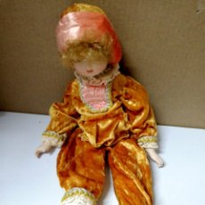 Muñecas Porcelana: ANTIGUA MUÑECA DE CERAMICA. CABEZA BRAZOS PIERNAS DE CERAMICA. R. INGLES. VER FOTOS.. Lote 168795816