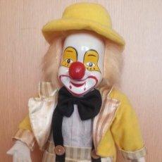 Muñecas Porcelana: PAYASO. CARA, BRAZOS Y PIERNAS EN PORCELANA. BUENA CALIDAD. Lote 170497952