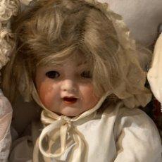 Muñecas Porcelana: MUÑECA ANTIGUA. Lote 172295410