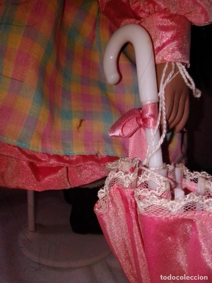 Muñecas Porcelana: Preciosa muñeca mulata de porcelana de Leonardo Collection, 40 cms de alta. - Foto 5 - 176118820