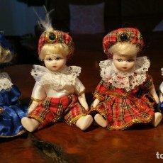 Muñecas Porcelana: CUATRO MUÑEQUITAS DE PORCELANA. Lote 180019026