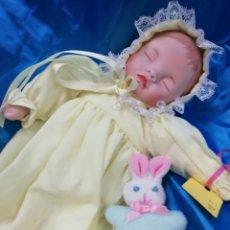 Muñecas Porcelana: PEQUEÑO BEBÉ DORMIDO. Lote 182570987