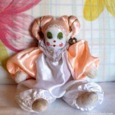 Muñecas Porcelana: ARLEQUIN CON CARA DE PORCELANA Y CUERPO TRAPO-VINTAGE. Lote 182916562