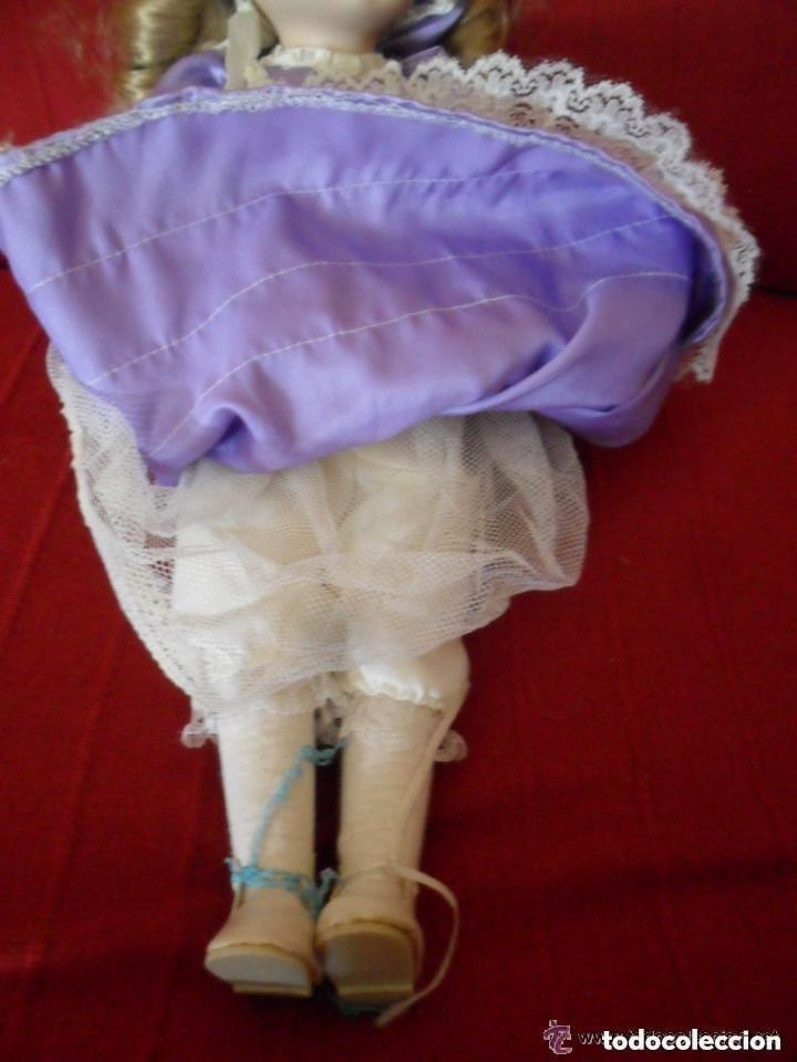 Muñecas Porcelana: MUÑECA DE PORCELANA CON VESTIDO CLÁSICO - Foto 6 - 183738160