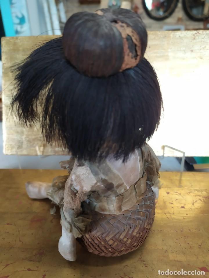 Muñecas Porcelana: Dos muñecos japoneses posiblemente del siglo XIX cabeza de pasta gofun orientales Japón - Foto 11 - 184570685