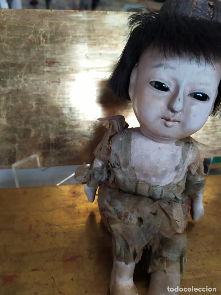 Muñecas Porcelana: Dos muñecos japoneses posiblemente del siglo XIX cabeza de pasta gofun orientales Japón - Foto 13 - 184570685