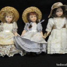 Muñecas Porcelana: 3 PEQUEÑAS MUÑECAS DE PORCELANA. 16CM Y 17CM.. Lote 186256005