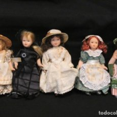 Muñecas Porcelana: 5 PEQUEÑAS MUÑECAS PORCELANA. 15CM Y 16CM.. Lote 186256391