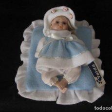 Muñecas Porcelana: PEQUEÑA MUÑECA DE PORCELANA. 20CM. YALDA.. Lote 189427206