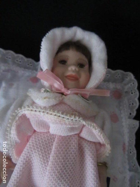 Muñecas Porcelana: Pequeña muñeca de porcelana. 20cm. Yalda. - Foto 8 - 189427395
