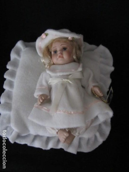 Muñecas Porcelana: Pequeña muñeca de porcelana. 20cm. Yalda. - Foto 7 - 189427547