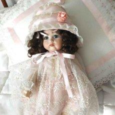 Muñecas Porcelana: MUÑECA POUTY. LA PILLINA ARTICULADA DE PORCELANA. Lote 191406597