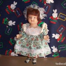 Muñecas Porcelana: MUÑECA DE PORCELANA BISCUIT VESTIDA DE CAMPESINA. Lote 192037883