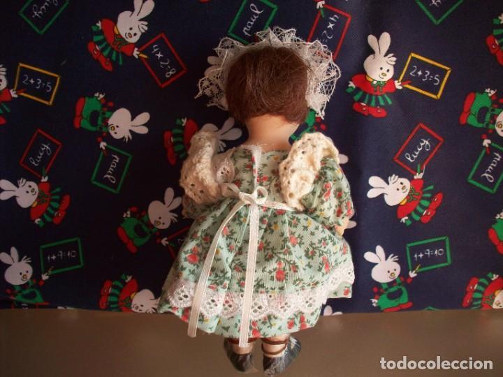 Muñecas Porcelana: muñeca de porcelana biscuit vestida de campesina - Foto 2 - 192037883