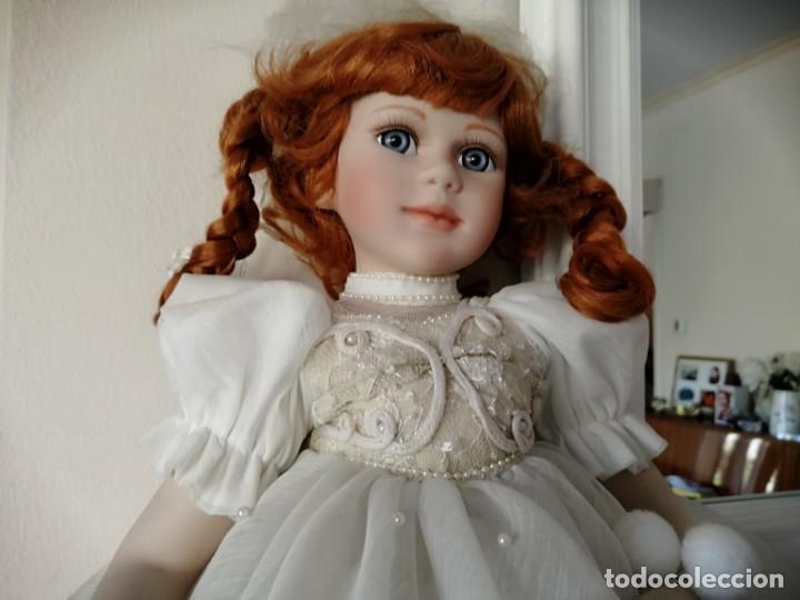 Muñecas Porcelana: Muñeca de coleccion mayorette de porcelana extranjera de edicion limitada de mi coleccion - Foto 2 - 192876200