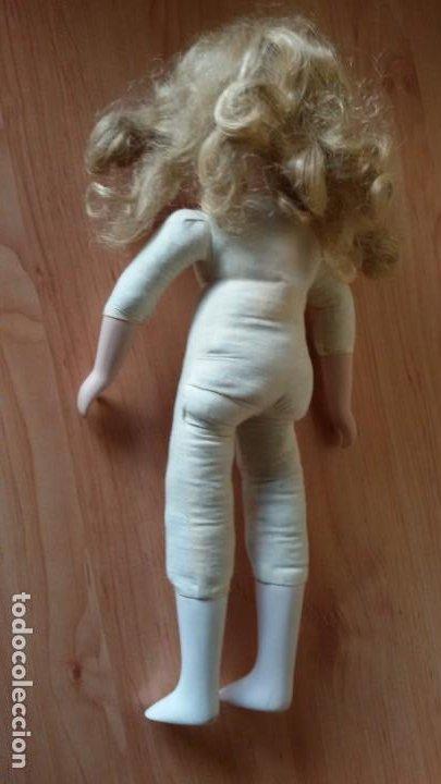 Muñecas Porcelana: Muñeca de porcelana y trapo con soporte. 40 cm - Foto 4 - 192900030
