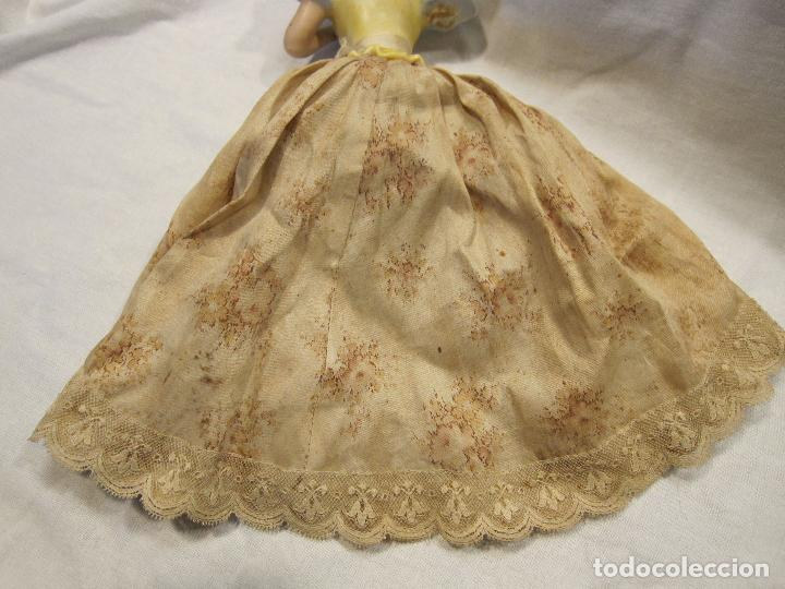 Muñecas Porcelana: MUÑECA DE PORCELANA. SOLO TORSO. CON VESTIDO. TAPÓN? HACIA 1900 - Foto 9 - 193734561