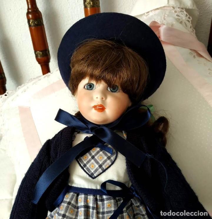 Muñecas Porcelana: LA COLEGIALA, MUÑECA DE PORCELANA ARTICULADA por Mercedes Sos - Foto 2 - 194013013