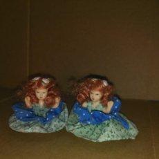 Muñecas Porcelana: PAREJA DE MUÑECAS DE PORCELANA 7 CM.. Lote 194497815