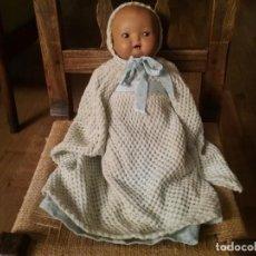 Muñecas Porcelana: BEBÉ MULATO DE PORCELANA Y TELA. Lote 195036602