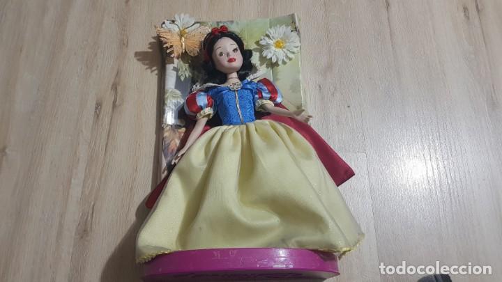 BLANCANIEVES PORCENALANA DISNEY (Juguetes - Muñeca Extranjera Moderna - Porcelana)