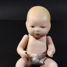 Muñecas Porcelana: ANTIGUO MUÑECO EN PORCELANA - BISCUIT COLOREADO, TIPO BYE-LO BABY.. Lote 231050555