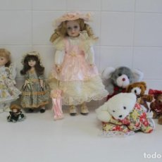 Muñecas Porcelana: MUÑECAS DE PORCELANA Y PELUCHES. Lote 195415283