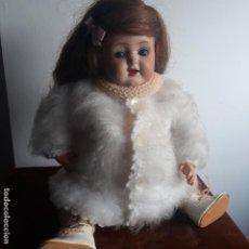 Muñecas Porcelana: MUÑECA EN PORCELANA ,CUERPO CARTON,ANTIGUA. Lote 197903860