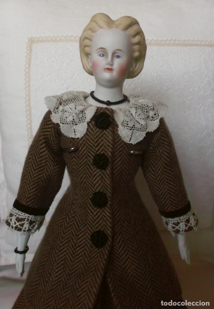 Muñecas Porcelana: Preciosa muñeca Parian hacia 1870, elaborado peinado, cuerpo original, vestida completa - Foto 5 - 201963712