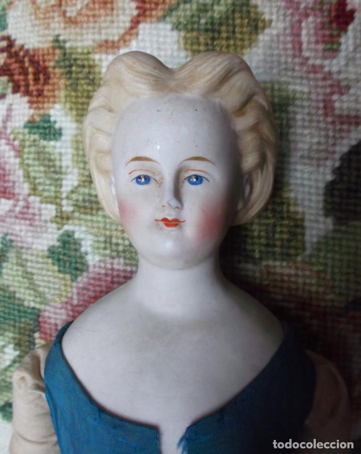 Muñecas Porcelana: Preciosa muñeca Parian hacia 1870, elaborado peinado, cuerpo original, vestida completa - Foto 9 - 201963712