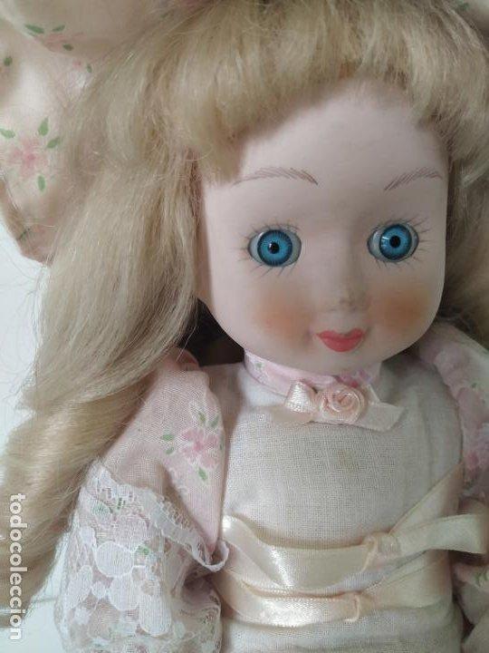 Muñecas Porcelana: Preciosa muñeca de porcelana (cabeza, 1/2 brazo, 1/2 pierna) cuerpo trapo. Años 60/70. 40 cm. - Foto 7 - 202420037