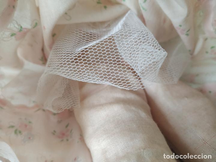 Muñecas Porcelana: Preciosa muñeca de porcelana (cabeza, 1/2 brazo, 1/2 pierna) cuerpo trapo. Años 60/70. 40 cm. - Foto 12 - 202420037