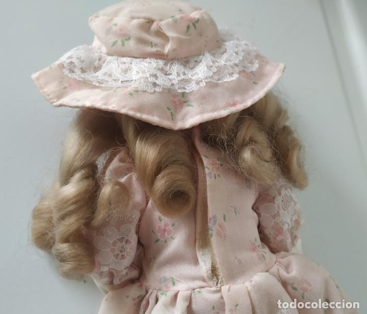 Muñecas Porcelana: Preciosa muñeca de porcelana (cabeza, 1/2 brazo, 1/2 pierna) cuerpo trapo. Años 60/70. 40 cm. - Foto 16 - 202420037