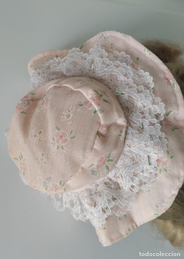 Muñecas Porcelana: Preciosa muñeca de porcelana (cabeza, 1/2 brazo, 1/2 pierna) cuerpo trapo. Años 60/70. 40 cm. - Foto 20 - 202420037