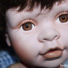 Muñecas Porcelana: HERMOSO MUÑECO DE PORCELANA LEONARDO COLLECTOR'S. Lote 203528755