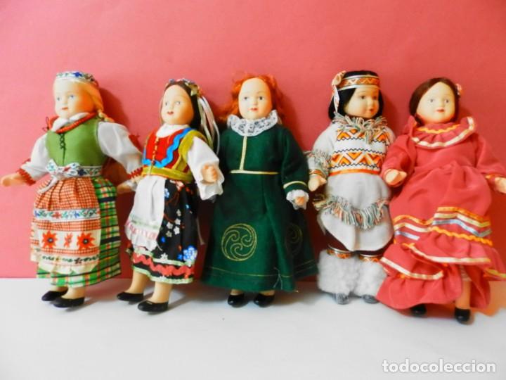Muñecas Porcelana: LOTE DE 5 MUÑECAS DE PORCELANA TRAJES REGIONALES. PAISES. COLECCIONISTAS - Foto 2 - 208678075