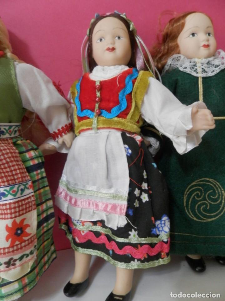 Muñecas Porcelana: LOTE DE 5 MUÑECAS DE PORCELANA TRAJES REGIONALES. PAISES. COLECCIONISTAS - Foto 6 - 208678075