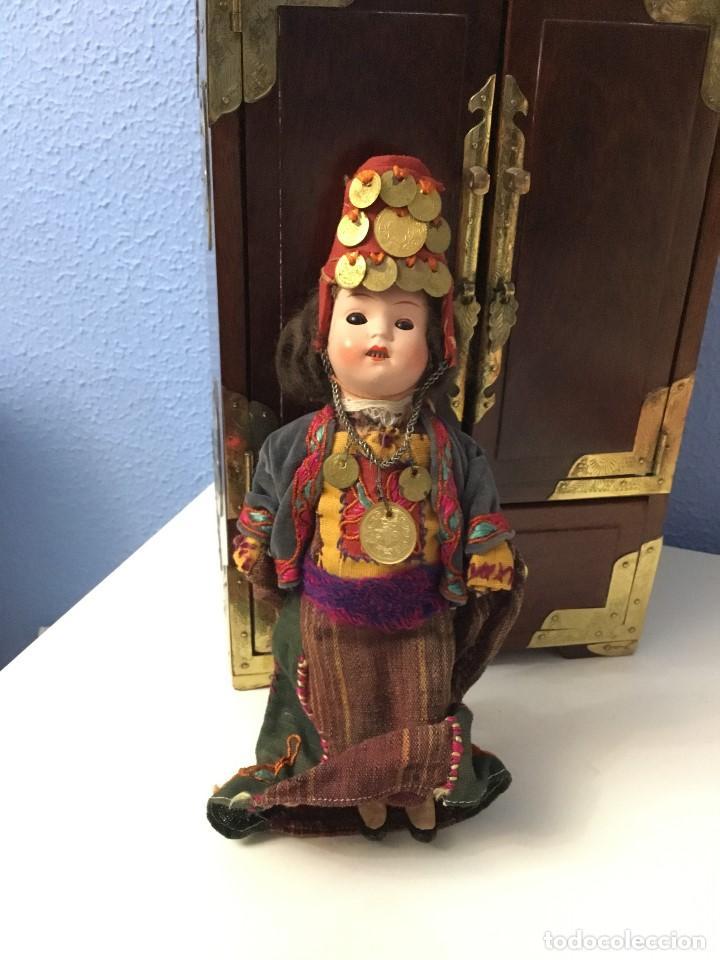 Muñecas Porcelana: Muñeca antigua de porcelana marcada en la cabeza. SE PUEDE PAGAR CON FACILIDADES. - Foto 2 - 209766948