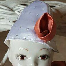 Muñecas Porcelana: MUÑECA MUÑECO ARLEQUÍN CON CABEZA, BRAZOS Y PIERNAS DE PORCELANA Y CUERPO DE TRAPO 42 CM.. Lote 210818475