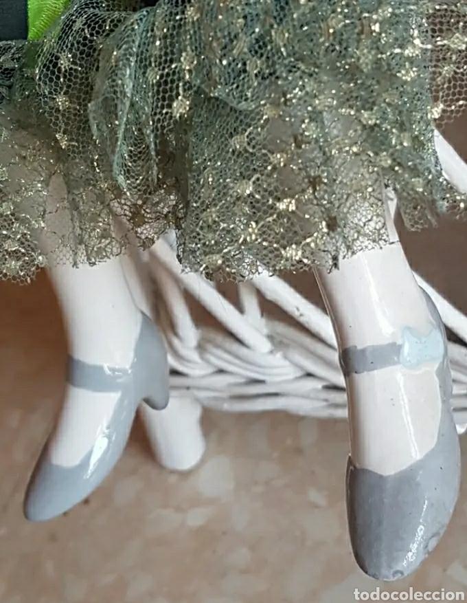 Muñecas Porcelana: Muñeca muñeco arlequín con cabeza, brazos y piernas de porcelana y cuerpo de trapo 60 cm. - Foto 4 - 210818887