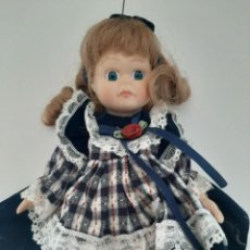 Muñecas Porcelana: MUÑECA DE PORCELANA ANTIGUA SIN MARCAS. Lote 213603713