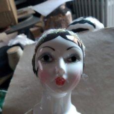 Muñecas Porcelana: MUÑECA DE PORCELANA AÑOS 20 CUERPO DE TRAPO CABEZA MANOS Y PIERNAS PORCELANA. Lote 213727712