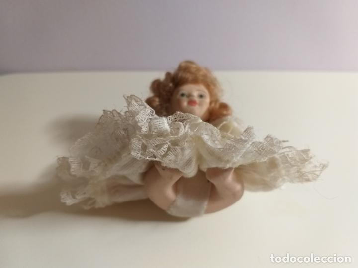 Muñecas Porcelana: Pequeña Muñequita antigua. Años 60. Con su vestido original - Foto 6 - 214103471
