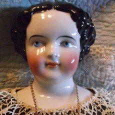 Muñecas Porcelana: GRAN MUÑECA DE PORCELANA DE CHINA DE PEINADO PLANO, 1860, MUY RARA DE 60 CM. Lote 214648207