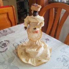 Muñecas Porcelana: MUÑECA DE PORCELANA. Lote 215354808