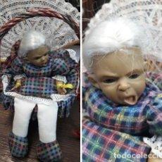 Muñecas Porcelana: CESTO COSTURA CON MUÑECA REBORN.ABUELA .. Lote 221792997