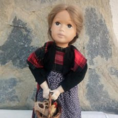 Muñecas Porcelana: MUÑECA PORCELANA COSTURERA R.K 892 PELO NATURAL,CUERPO DE RELLENO. Lote 222932497