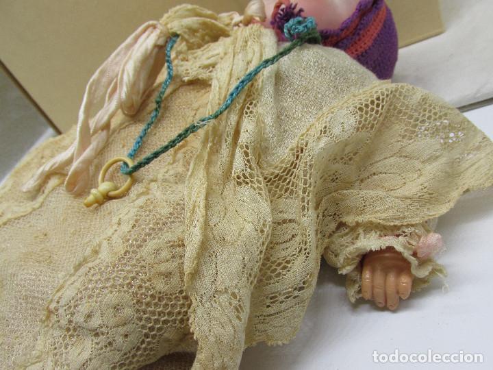 Muñecas Porcelana: Muñeca Grace S. Putnam con cesta y ropaje original de la época. - Foto 8 - 223625986
