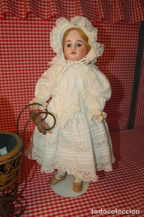 Muñecas Porcelana: muñeca antigua con carro y bebé - Foto 5 - 223785111